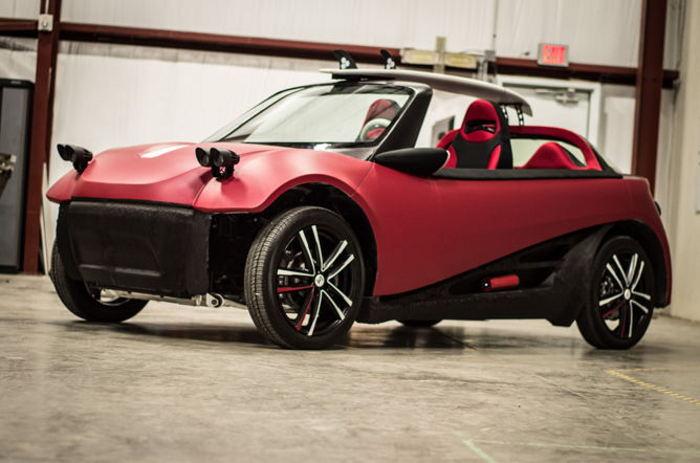 LM3D Swim, el coche eléctrico autónomo impreso en 3D de Local Motors