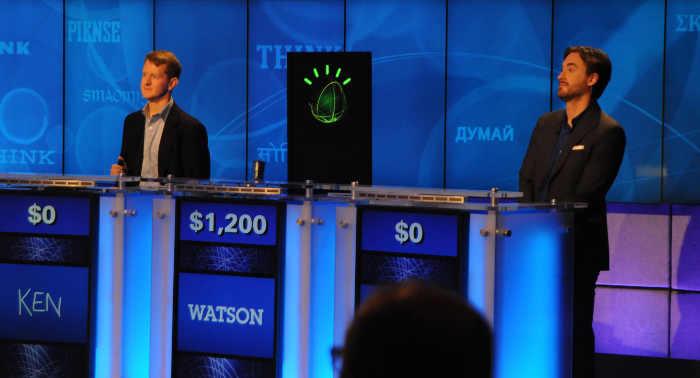 Watson compite en el concurso Jeopardy