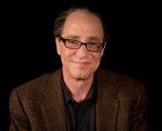 Predicciones Kurzweil: la IA será inteligente en 2029 y nos fusionaremos con ella en 2045
