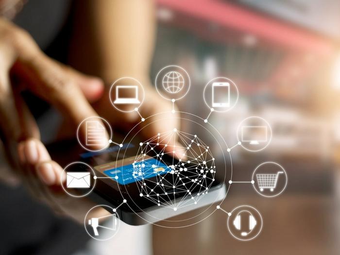 Razones a favor y en contra de usar un chatbot en su empresa