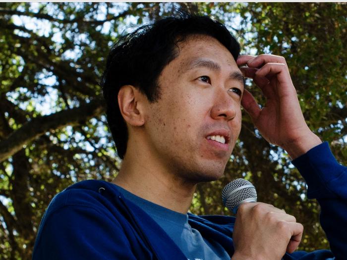 Andrew Ng está enseñando a más personas que cualquier otro, sin involucrar universidades